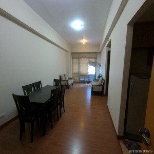 Unfurnished 57sqm 1-bedroom condo with 2 toilet.