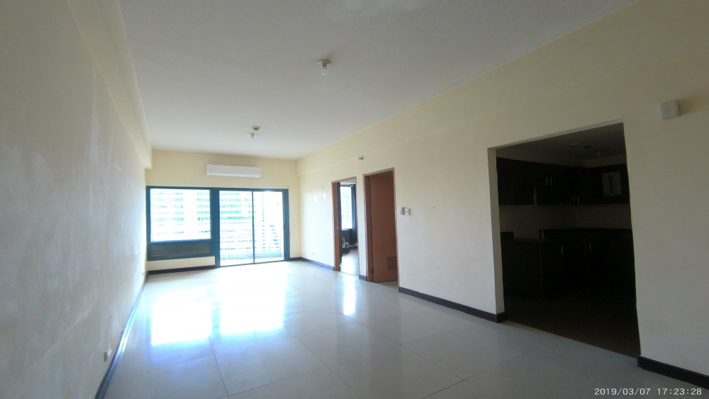 Eastwood Park Residences Unfurnished 1-bedroom Condo