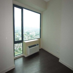 Eastwood Park Residences Unfurnished 2-Bedroom Condo